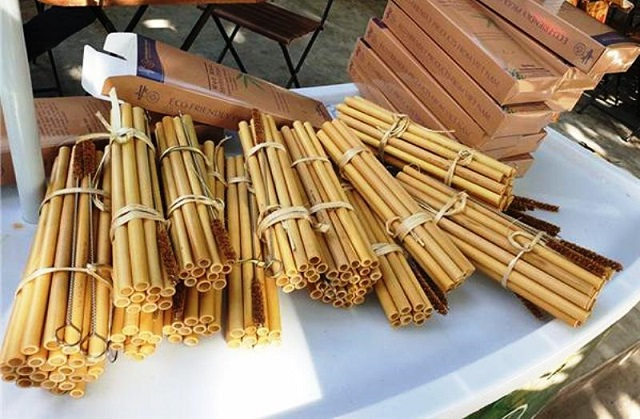 Sản phẩm ống hút tre của Công ty TNHH ViBaBo huyện Thường Xuân đạt hạng 4 sao sản phẩm OCOP cấp tỉnh