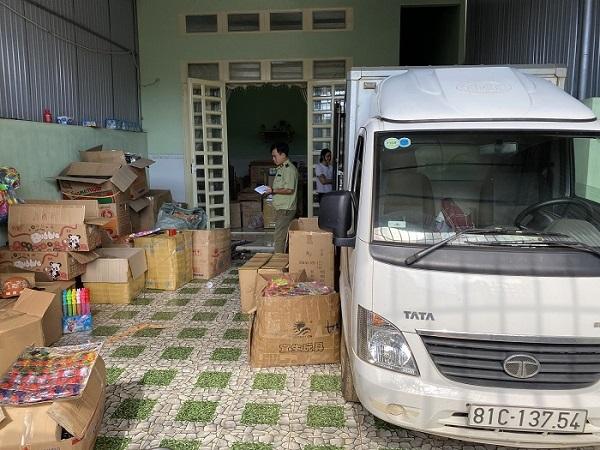 Lực lượng chức năng tỉnh Gia Lai vừa bắt giữ 7.000 đồ chơi trẻ em nhập lậu