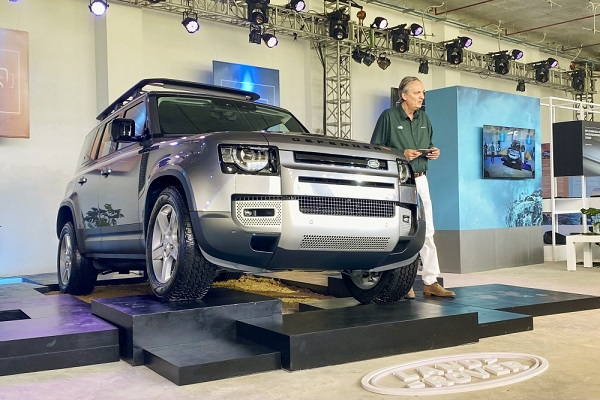 Land Rover Defender 2020 ra mắt khách hàng Việt Nam
