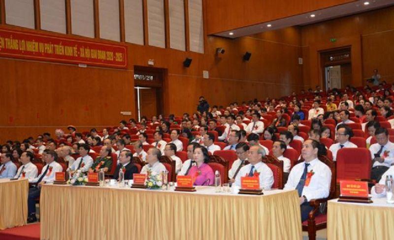 Các đại biểu dự Đại hội Thi đua yêu nước tỉnh Cao Bằng lần thứ V (giai đoạn 2020-2025)