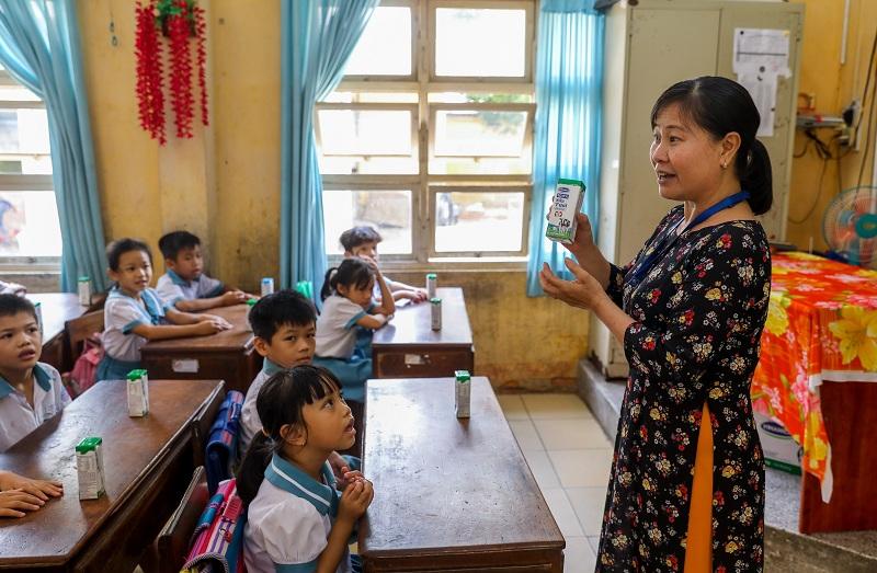 Đến nay, 10 quận huyện của TP.HCM đã thực hiện chương trình Sữa học đường