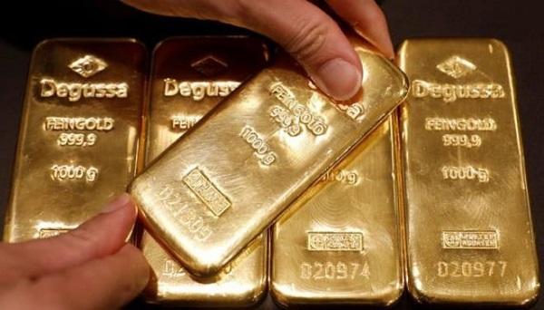 Đồng USD liên tục tăng đẩy giá vàng giảm