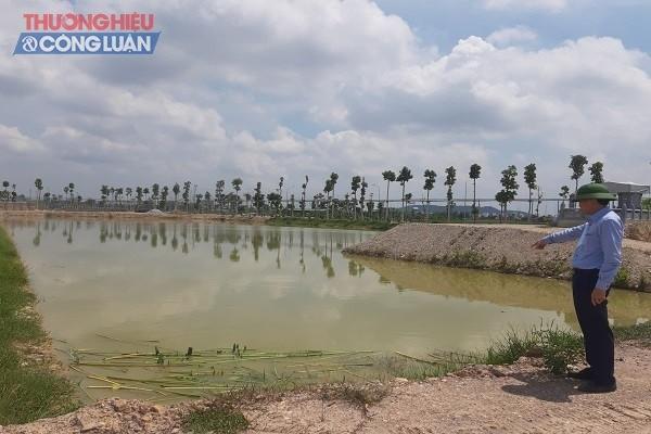 Bất chấp thời gian diễn ra dịch bệnh Covid-19, Đoàn liên ngành của huyện Hưng Nguyên vẫn thanh kiểm tra các dự án trên địa bàn