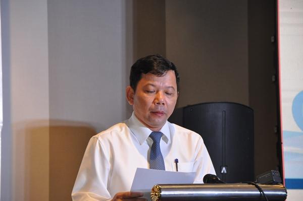 Tiến sĩ Trương Đức Trí, Phó Tổng cục trưởng Tổng cục Biển và Hải đảo Việt Nam trình bày tham luận