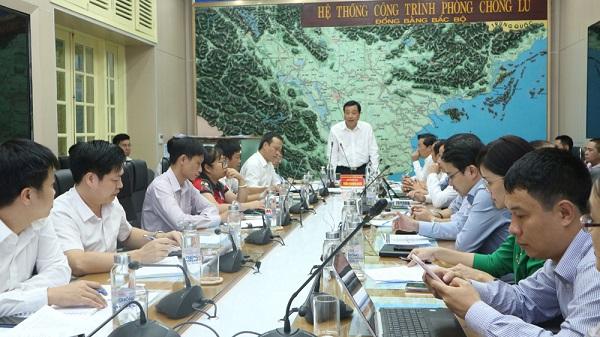 Tổng Cục trưởng Tổng cục Phòng, chống thiên tai, Phó Trưởng ban Chỉ đạo trung ương về Phòng, chống thiên tai Trần Quang Hoài kết luận cuộc họp.