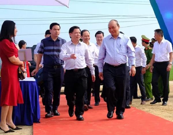 Thủ tướng Chính phủ Nguyễn Xuân Phúc dự lễ khởi công đường cao tốc Bắc - Nam đoạn qua Thanh Hóa