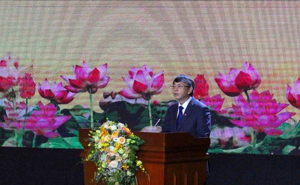 Chủ tịch UBND tỉnh đọc diễn văn  tại Lễ kỷ niệm 70 năm Chiến thắng Biên giới 1950 và Giải phóng Cao Bằng.