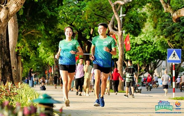 Đón bình minh - Chào bình thường mới cùng  VPBank Hanoi Marathon ASEAN 2020