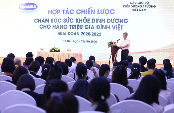 PGS. TS Nguyễn Trường Sơn, Thứ trưởng Bộ Y tế tham dự và phát biểu chỉ đạo tại chương trình