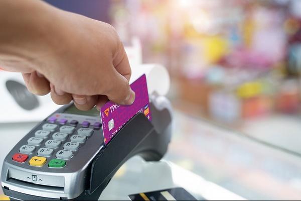 Khách hàng có thể sử dụng thẻ ATM của TPBank để giao dịch trực tiếp tại Hàn Quốc