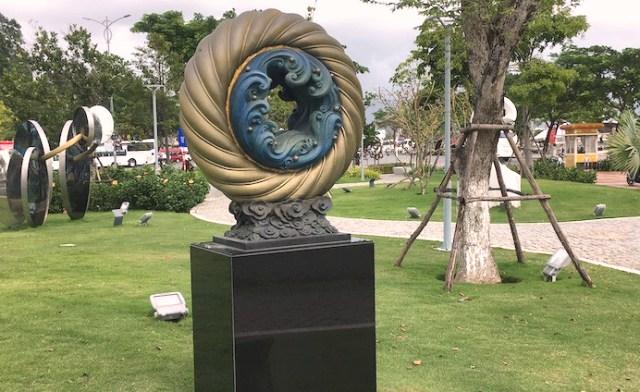 Một góc Vườn tượng APEC tại TP.Đà Nẵng