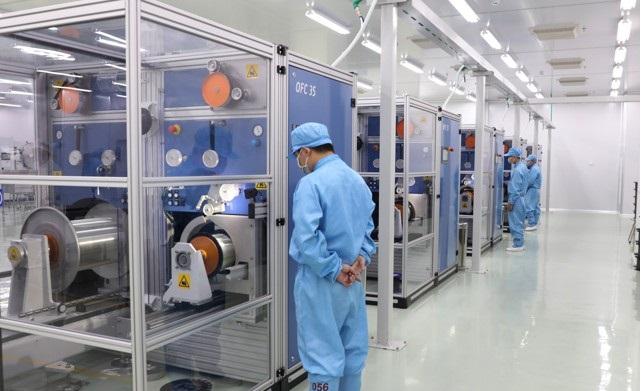 Đẩy mạnh ứng dụng khoa học công nghệ vào quản lý sản xuất kinh doanh nhằm nâng cao năng suất lao động.