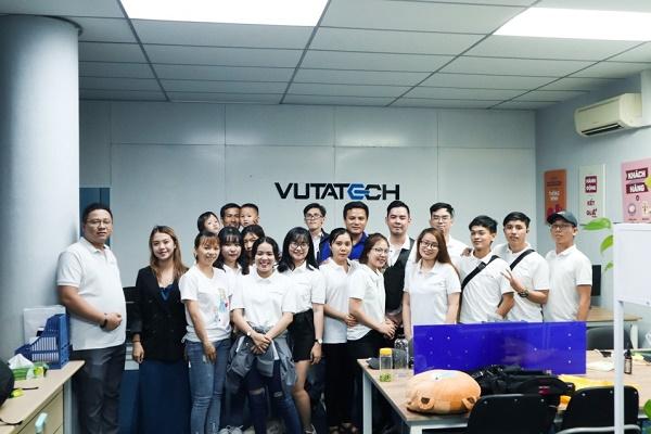 Đội ngũ nhân sự chính là yếu tố quan trọng để hoàn thành sứ mệnh của công ty