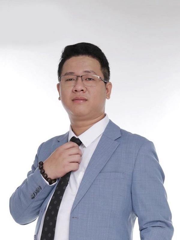 Ông Nguyễn Phú Quý - Chủ tịch Công ty cổ phần Công nghệ Vutatech lọt Top 10 Giải thưởng Doanh nhân Việt Nam tiêu biểu năm 2020