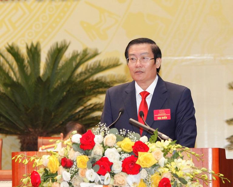 Đại biểu Nguyễn Tuấn Khanh, Ủy viên Ban Thường vụ Tỉnh ủy, Chủ tịch Ủy ban MTTQ tỉnh tham luận với chủ đề: Đổi mới nội dung, phương thức hoạt động của MTTQ xây dựng khối đại đoàn kết toàn dân.