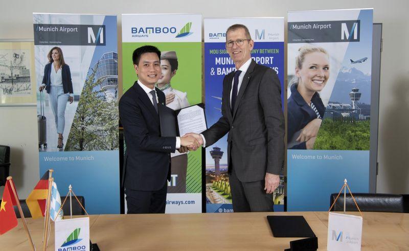 Đại diện lãnh đạo Bamboo Airways và sân bay Munich trao MoU