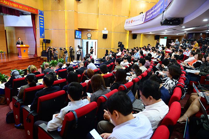 Diễn đàn Khởi nghiệp ASEAN 2020: Khởi nghiệp trong thời đại số thu hút sự quan tâm đông đảo của các chuyên gia, diễn giả, và các sinh viên khởi nghiệp ASEAN.