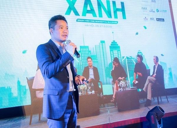 """Ông Nguyễn Thế Phương – Tổng giám đốc Liên minh Thiết kế Quốc tế Finko giúp khách hàng hiểu hơn về giá trị của """"thành phố thẳng đứng"""" The Zei"""