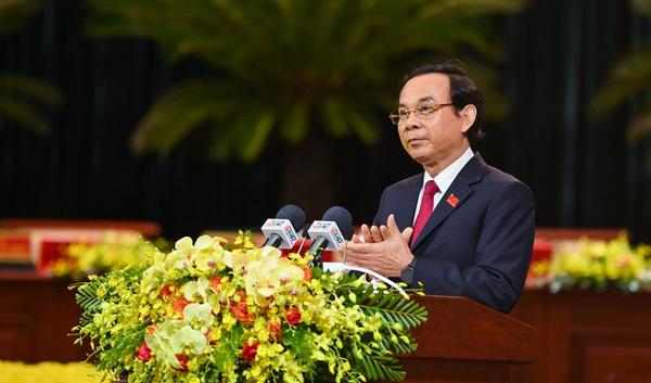 Ông Nguyễn Văn Nên, Tân Bí thư Thành ủy TP.HCM phát biểu nhận nhiệm vụ.