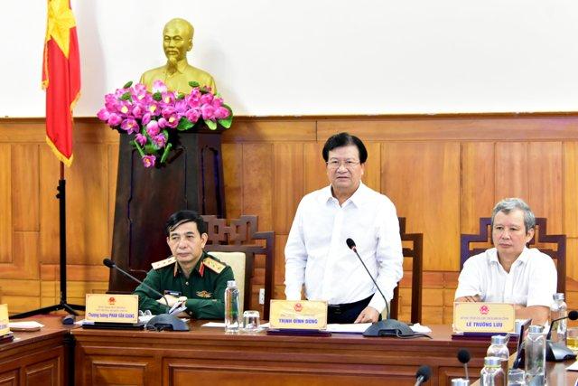 Phó Thủ tướng Trịnh Đình Dũng: Phải tập trung tìm kiếm cứu nạn...