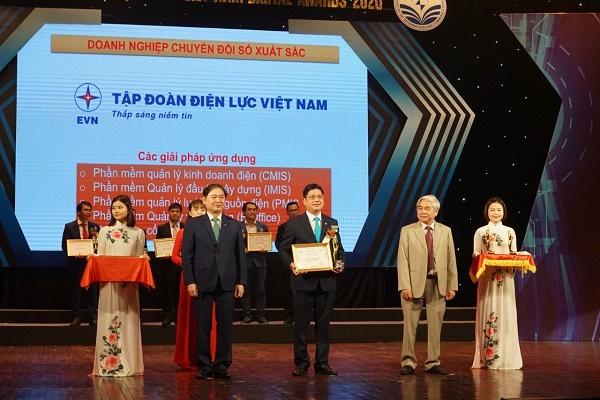 Tập đoàn Điện lực Việt Nam (EVN) nhận danh hiệu Doanh nghiệp chuyển đổi số xuất sắc