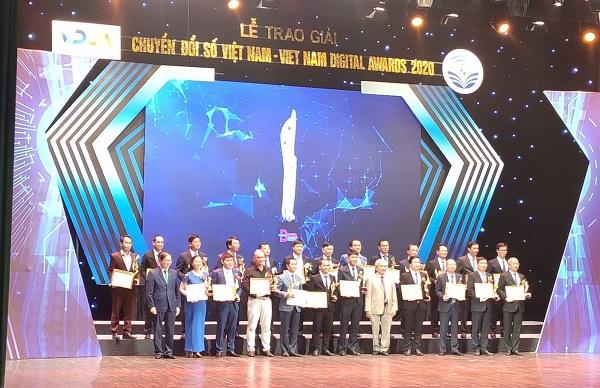 """Lễ trao giải thưởng """"Chuyển đổi số Việt Nam - Vietnam Digital Awards 2020"""""""