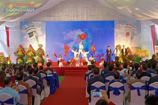 Chương trình văn nghệ tại buổi lễ