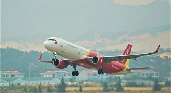 Vietjet đổi vé miễn phí không giới hạn số lần cho khách đến và đi miền Trung