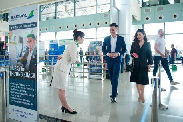 Khách hàng mua vé Phổ thông đường bay Côn Đảo vào ngày 24/10 tại FLC Hạ Long sẽ được tặng dịch vụ check-in ưu tiên
