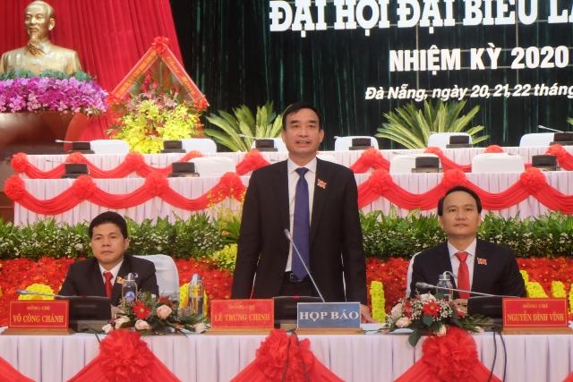 Ông Lê Trung Chinh – Phó Bí thư Thành ủy Đà Nẵng phát biểu tại buổi họp báo.