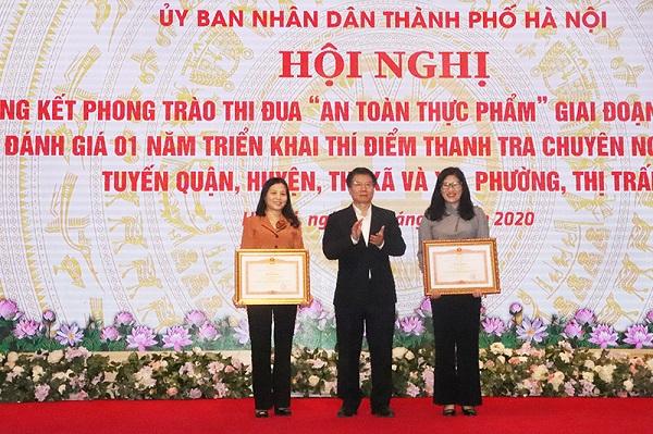 2 tập thể (quận Cầu Giấy và huyện Đan Phượng) được nhận Bằng khen của Thủ tướng Chính phủ