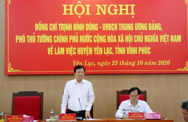 Phó Thủ tướng Chính phủ Trịnh Đình Dũng phát biểu tại hội nghị