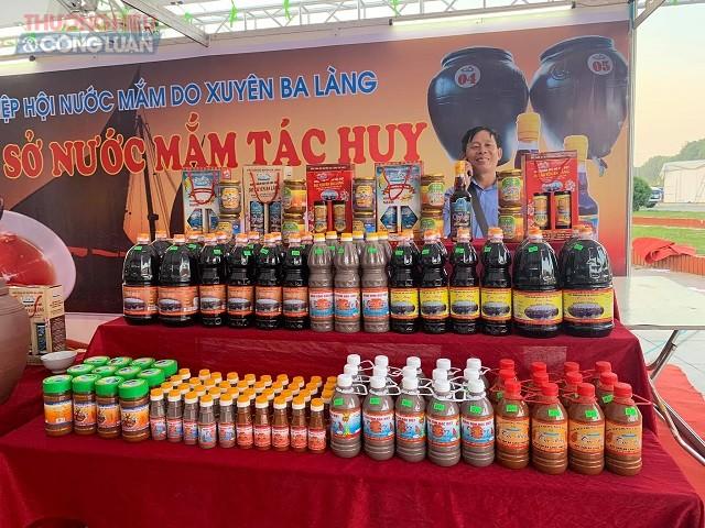 Các sản phẩm đặc sản địa phương được trưng bày tại Hội chợ - triển lãm thành tựu kinh tế - xã hội tỉnh Thanh Hóa