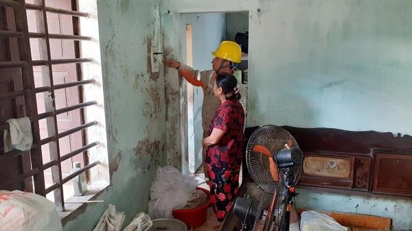 Điện lực Hà Tĩnh triển khai nhiều biện pháp đảm bảo an toàn điện sau mưa lũ