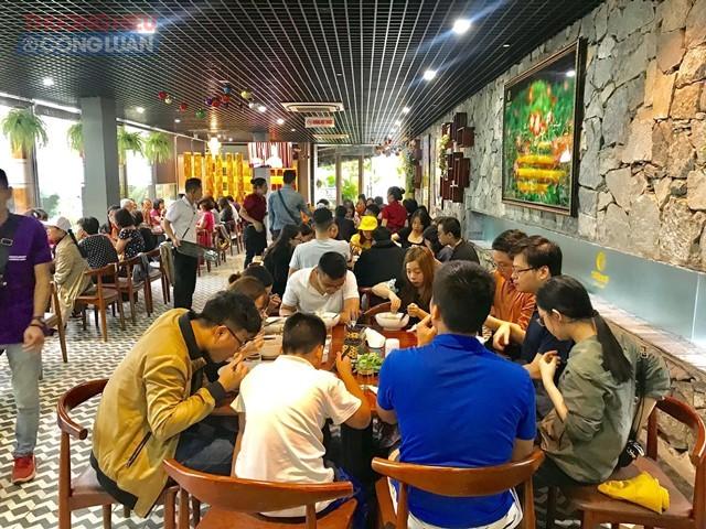 Nhà hàng Sabochi Tuệ Lâm hỗ trợ suất ăn miễn phí cho các đoàn cứu trợ