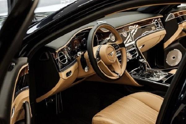 Khoang nội thất sang trọng của Bentley Flying Spur 2020 First Edition