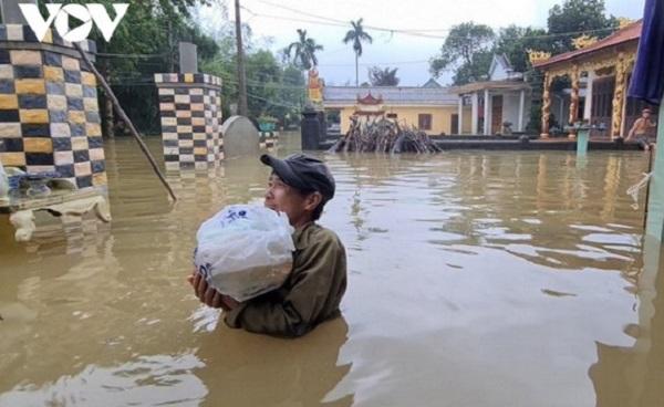 Chuyên gia y tế cảnh báo dịch bệnh sau mùa mưa bão