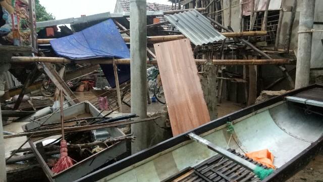 Nhà ông Ngô Văn Tư ở Đội 5 thôn An Xá bị sập đổ