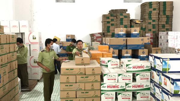 BCĐ 389 tỉnh Đồng Tháp yêu cầu các đơn vị tăng cường công tác thanh tra, kiểm tra, ngăn chặn hành vi sản xuất, tiêu thụ mặt hàng phân bón, thuốc bảo vệ thực vật giả, kém chất lượng lưu thông trên thị trường.
