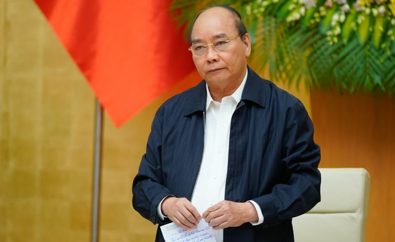 Thủ tướng Nguyễn Xuân Phúc chỉ đạo hỗ trợ tiền cho người dân có nhà bị sập, hư hỏng nặng (Ảnh: VGP)