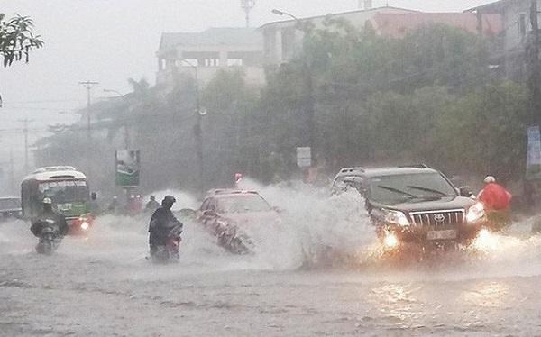 Trung Bộ nhiều nơi mưa to
