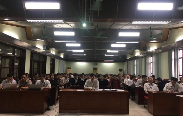 Toàn cảnh lớp tập huấn về chuyển đổi số Hợp đồng mua bán điện