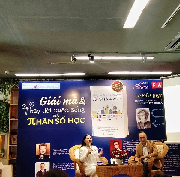 MC Quỳnh Hương chia sẻ trong buổi ra mắt cuốn sách