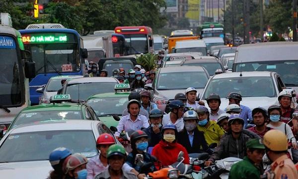 TP.HCM đang nỗ lực tăng cường vận tải hành khách công cộng kết hợp kiểm soát sử dụng phương tiện cơ giới cá nhân tham gia giao thông.