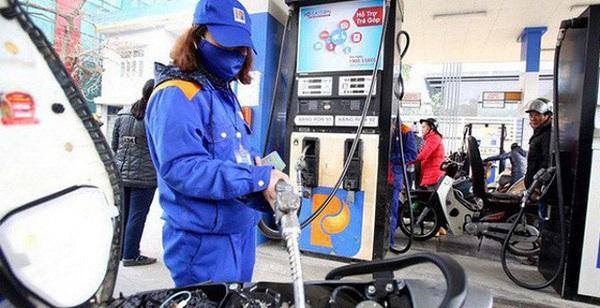 Giá xăng dầu trong nước giảm