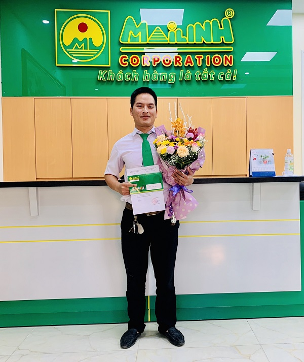Anh Vương Văn Hưng - Nhân viên lái xe taxi Mai Linh Hà Nội.