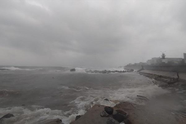 Song biển dâng cao ở đảo Lý Sơn