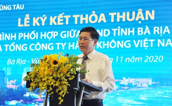 Ông Lê Ngọc Khánh, PCT UBND tỉnh BR-VT phát biểu tại lễ ký kết