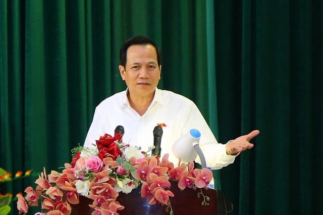 Bộ trưởng Đào Ngọc Dung phát biểu tại Hội nghị tiếp xúc với cử tri huyện Quan Hóa