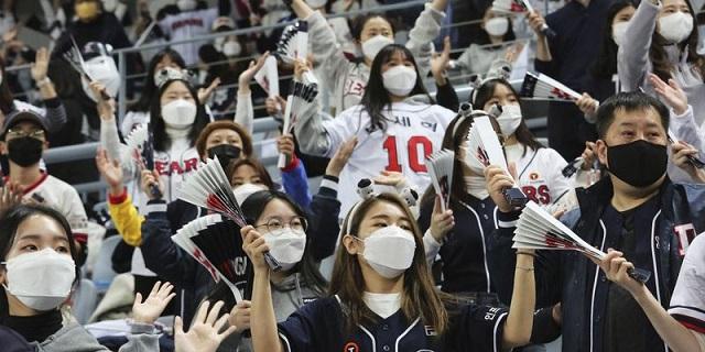 Hàn Quốc đối mặt với làn sóng lây nhiễm Covid-19 lớn nhất